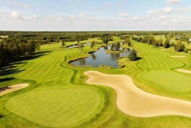 Elegantne golfipuhkus